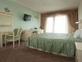 hotel017.jpg
